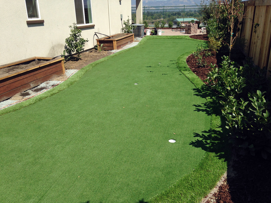 synthetic grass cost signal mountain tennessee putting greens backyards - Synthetic Grass Cost